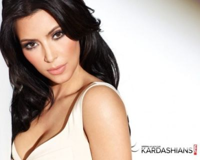 Keeping-Up-With-The-Kardashians-on-E-491x393