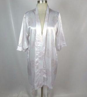 Khloe Kardashian robe