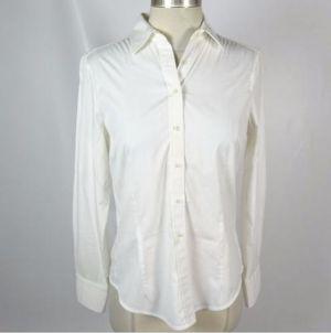 white shirt khloe kardashian