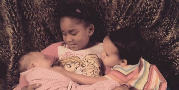 Ebony now has three daughters.