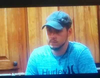 This was legit Jeremy's face when Leah was talking about not having a drug problem.