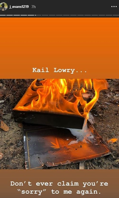 Jenelle Evans Sets Fire To The Free Pothead Hair Products Her Teen Mom 2 Co Star Kail Lowry Sent Her After Kail Calls Jenelle S Husband David Eason Unstable The Ashley S Reality Roundup